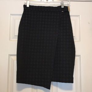 H&M black checkered work wrap skirt